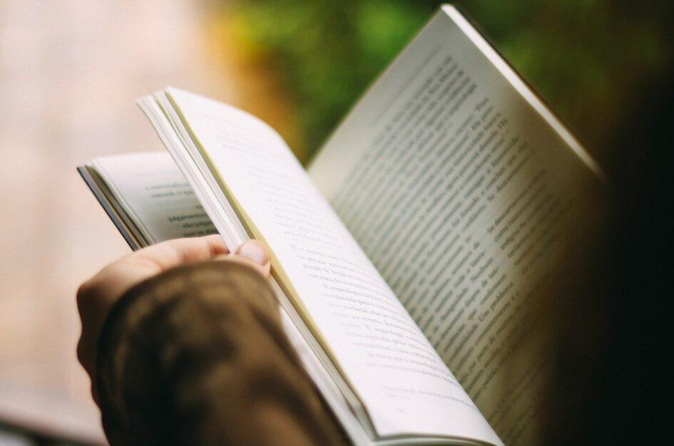 Cytaty o książkach i czytaniu